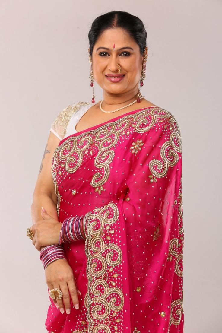 Harshada Khanwilkar_Navara Asava Tar Asa